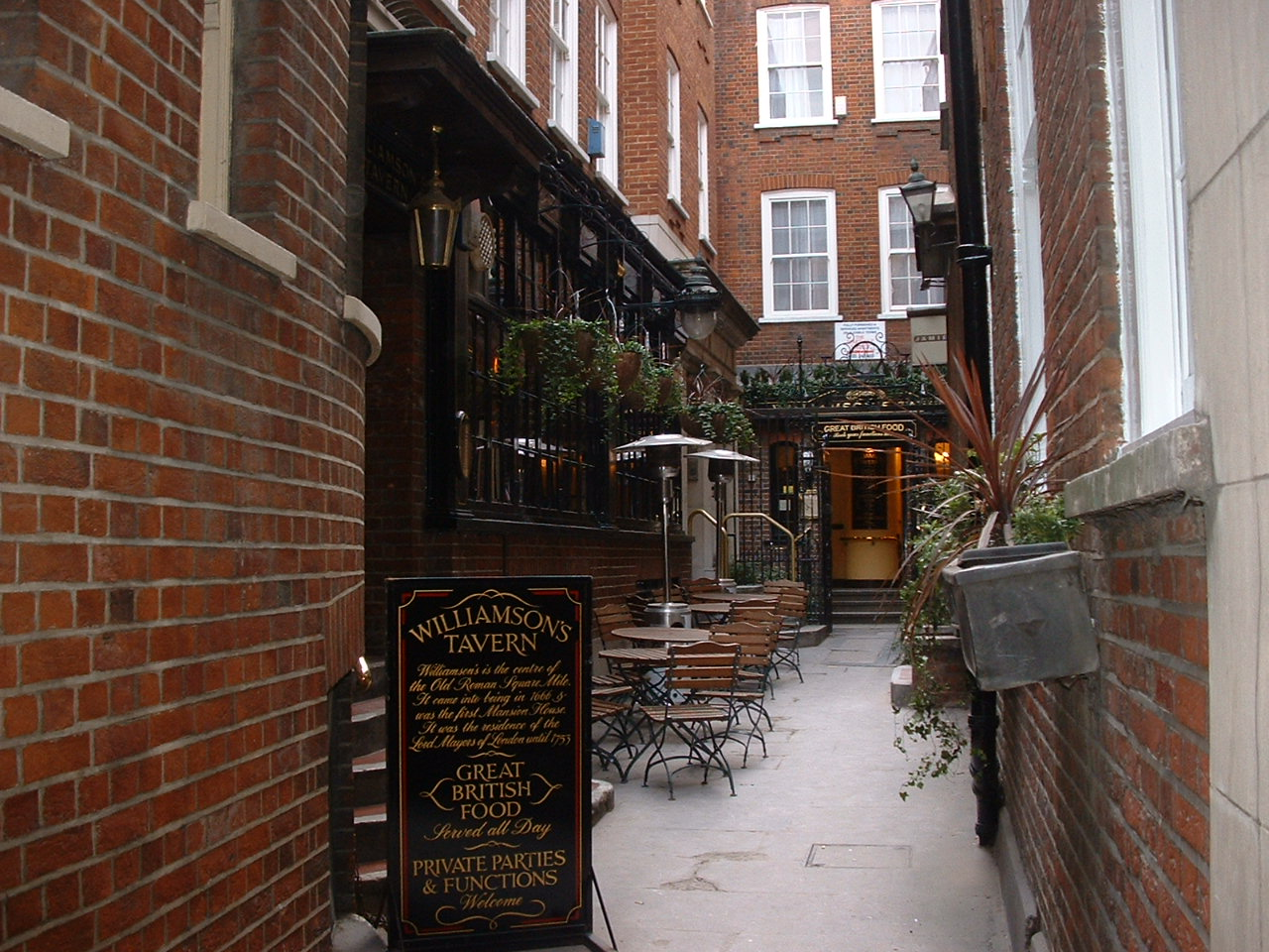 Williamson's Tavern off Bow Lane