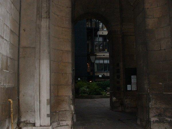 gateway to old london bridge
